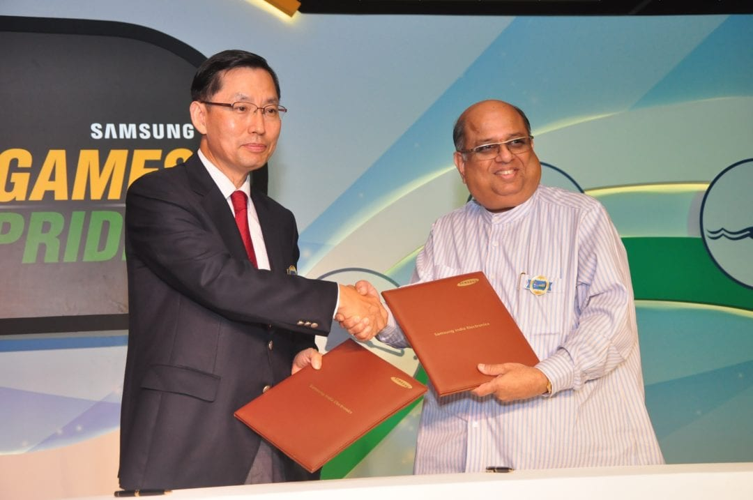 B.D Park, President & CEO, Samsung South West Asia and N. Ramachandran, President ,Indian Olympic Association signing an MOU announcing Samsung as the Official Partner – Asian Games 2014 for the Indian Contingent