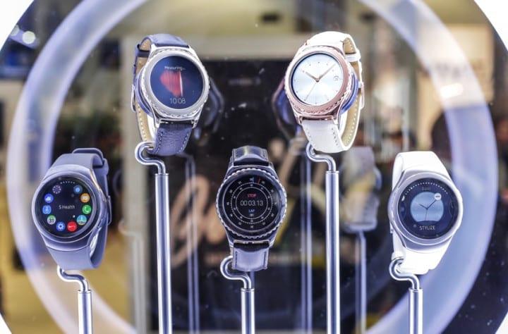 Samsung-Gear-S2-Classic-Rose-Gold-Platinum-Tizen