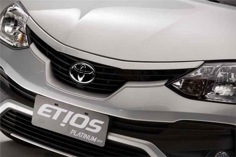 2016-toyota-etios-platinum