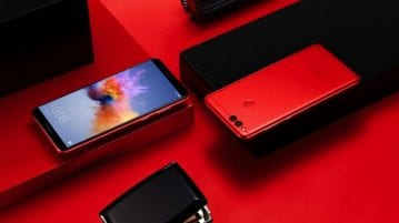 Honor 7X Valentine's Day Limited Edition Red smartphone