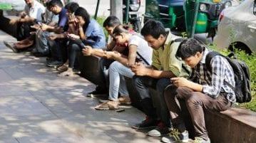 Average Indian spends over 1800 hours a year on their smartphone