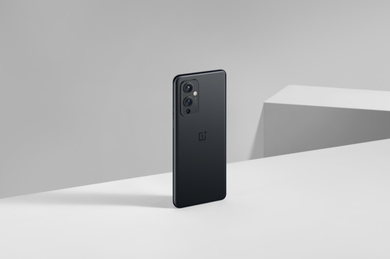 OnePlus accepts that they throttled
